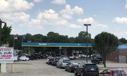 Hasta siete por ciento subirá gasolina en México tras cierre de refinerías en EU por Harvey
