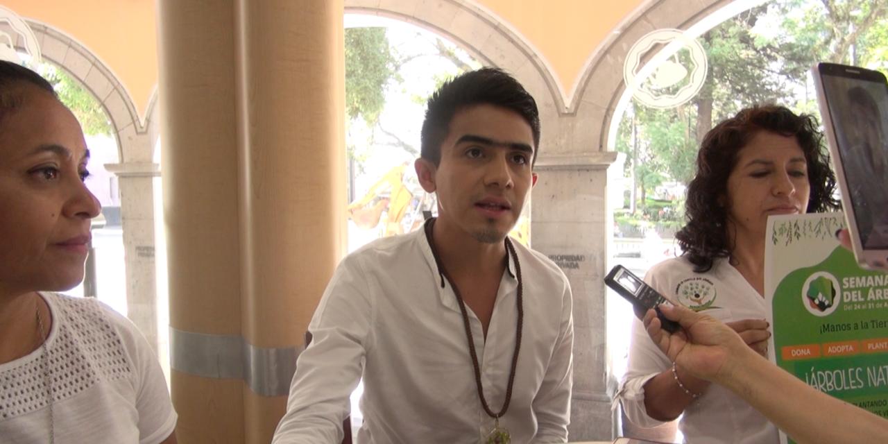 Semana del Árbol Internacional en México: Juan Carlos Atzin Calderon