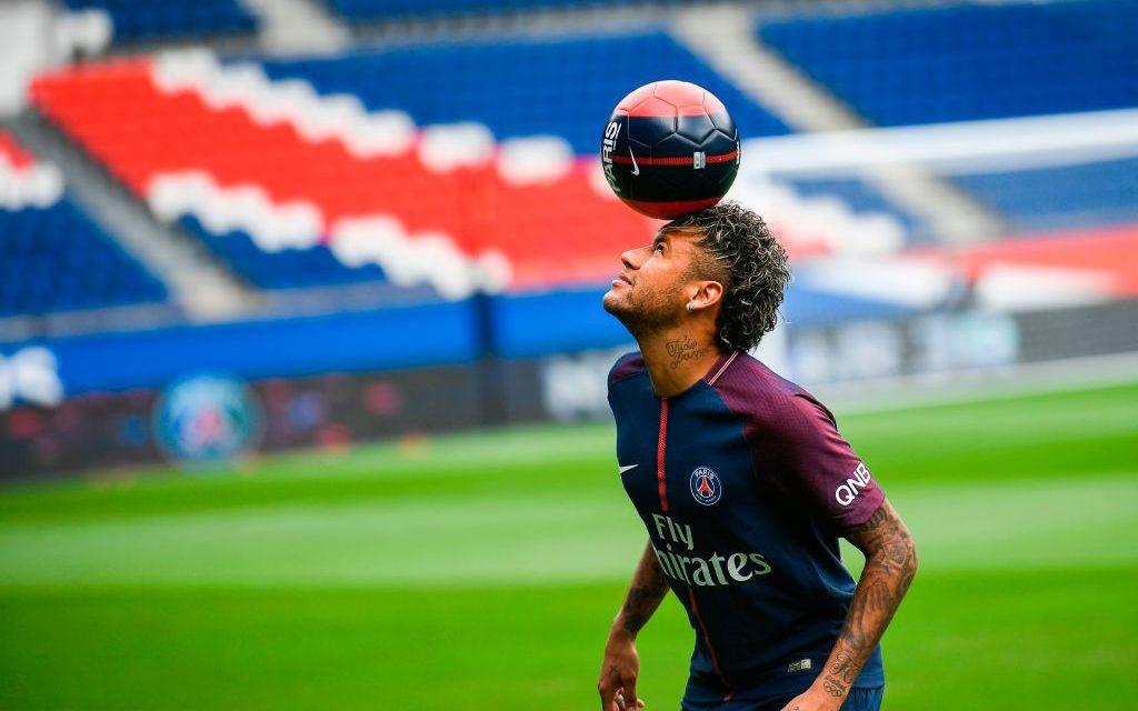 Neymar se convierte en embajador de la ONG a favor de discapacitados