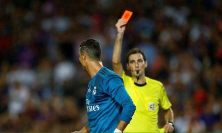 Cristiano Ronaldo es suspendido cinco partidos por empujar al árbitro