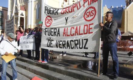 Ex trabajadores del SAS exigen el pago de 140 mdp