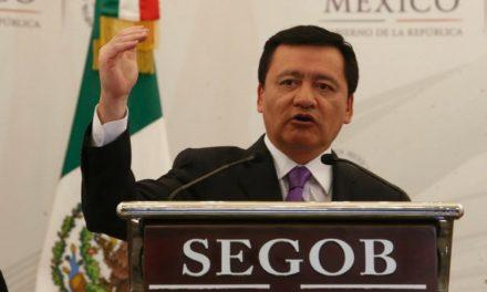 Si Moreno Valle creó red de espionaje, se le aplicará la ley: Osorio Chong