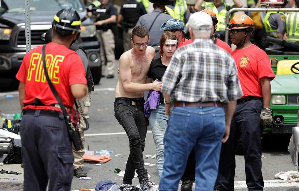 Al menos un muerto y 19 heridos por disturbios en Virginia