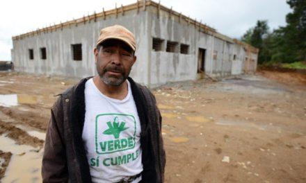 Hospitales abandonados o a medio construir son símbolo de la corrupción en el Estado