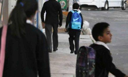 Regresan a clases 25 millones de alumnos de nivel básico