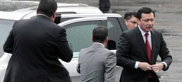 INE desecha quejas contra Osorio Chong por presunta promoción de imagen