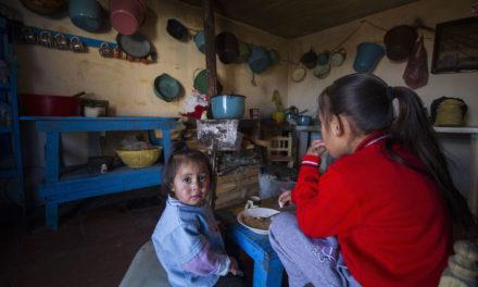 Aumentó pobreza en Veracruz 4.2 por ciento entre 2014 y 2016: Coneval