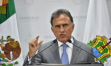 Analiza Yunes Linares más despidos para este mes