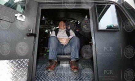 Ha perdido Javier Duarte cinco kilos por huelga de hambre