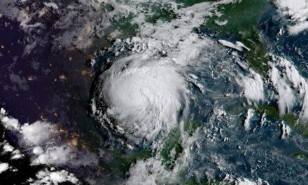 ÚLTIMA HORA: Huracán Harvey sube a categoría 4