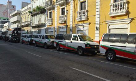 Ingresan a migrantes rescatados en La Tinaja y Acayucan a las oficinas del INM