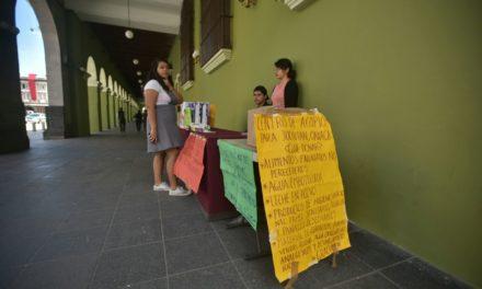 Juchitecas instalan centro de acopio