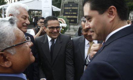 """""""Quienes hoy critican, en el pasado callaron sobre la corrupción"""": Franco"""