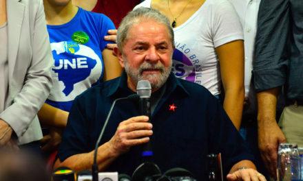 Acude Lula da Silva a interrogatorio y denuncia persecución