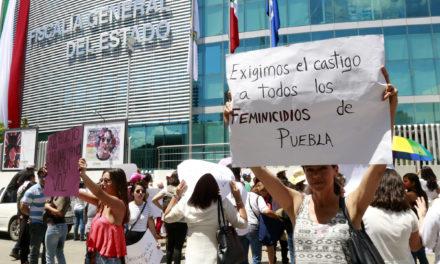 Perredistas piden declarar alerta de género en Puebla