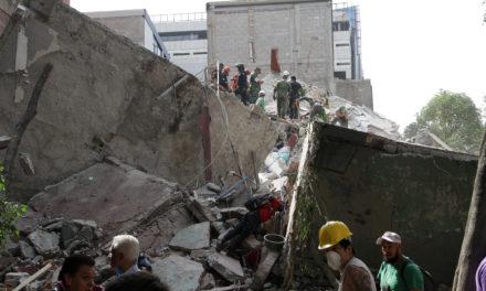 En CDMX cifra de muertos aumenta a 40; extraoficialmente se habla de 44 edificios caídos