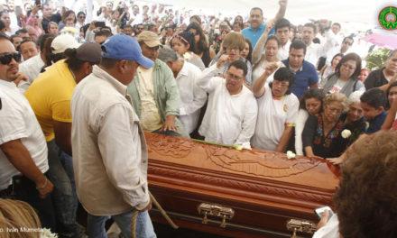 GALERÍA Y VIDEO: Llevan a cabo funeral de Juan Nicolás Callejas Arroyo