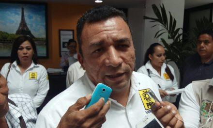Necesario una reestructura no sólo al interior de partidos políticos sino en el gobierno federal: Alberto Velázquez