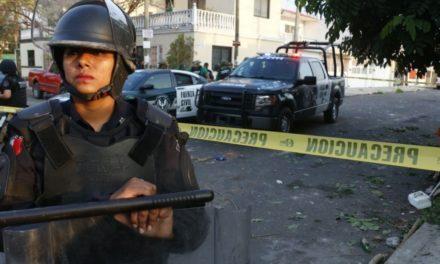 Reportan enfrentamiento armado entre policías y delincuentes