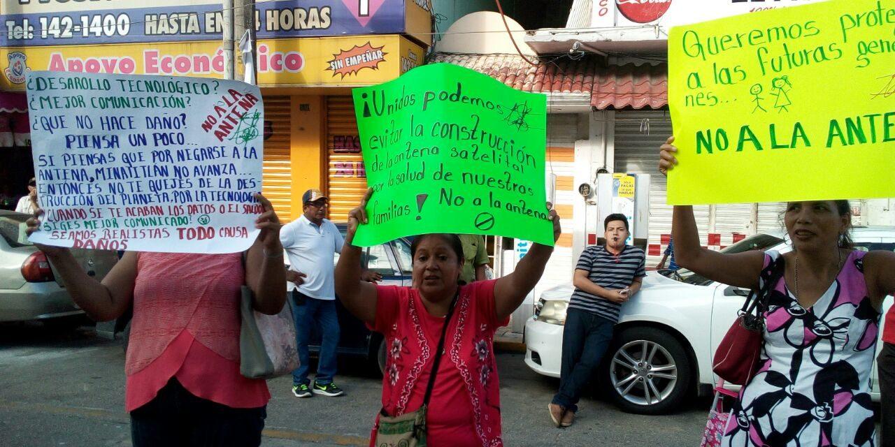 No a la instalación de antena satelital, exigen colonos