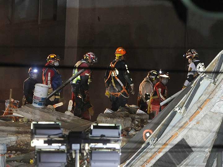 Suman 40 cuerpos recuperados en derrumbe de Álvaro Obregón
