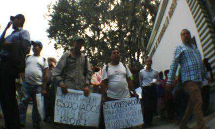 Manifestación en las oficinas de Sedarpa, exigen apoyos para el campo