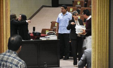 Posponen audiencia de alcalde de Coxquihui, no llegan integrantes de Comisión
