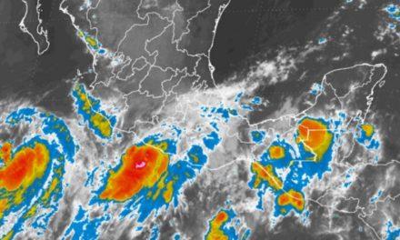 Max se intensificó a huracán categoría 1 frente a costas de Guerrero
