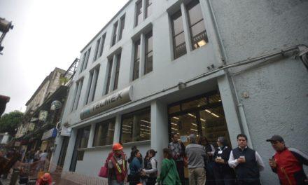 Trabajadores de Telmex paran labores, por reforma Ifetel