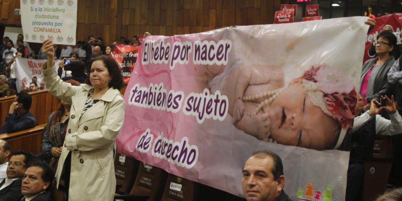 Con 24 votos, diputados desechan Interrupción Legal del Embarazo