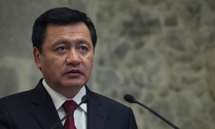 Osorio Chong llama a conformar ejército contra la violencia a mujeres