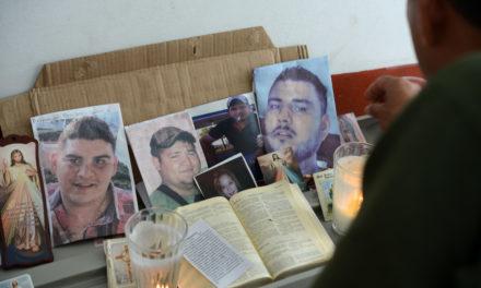Autoridades se niegan a dar avances sobre caso de desaparecidos en Tierra Blanca: familiares