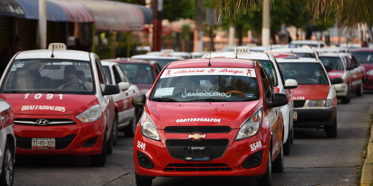 Con capacitación a taxistas no será necesario que entre Uber a Veracruz, asegura director del Icatver