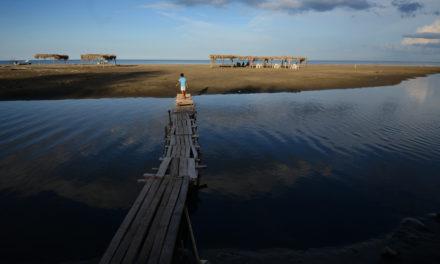 Amenaza parque eólico playas de Pajapan; temen habitantes que la empresa se instale sin permiso