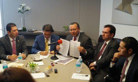 """Denuncian Héctor Yunes y Pepe Yunes que Gobernador de Veracruz lucró políticamente con la tragedia del huracán """"Katia"""""""
