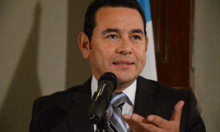 Integra Guatemala comisión especial para estudiar desafuero del presidente Jimmy Morales
