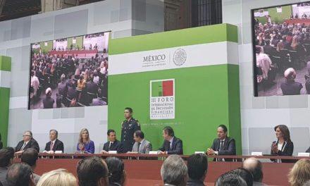 Acompaña Pepe Yunes a Peña Nieto en el III Foro Internacional de Inclusión Financiera