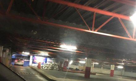 Estacionamiento de Plaza Ánimas, ¿a punto de colapsar?