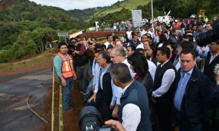 VIDEO: Inició Gobernador la reconstrucción de la carretera Banderilla-Misantla