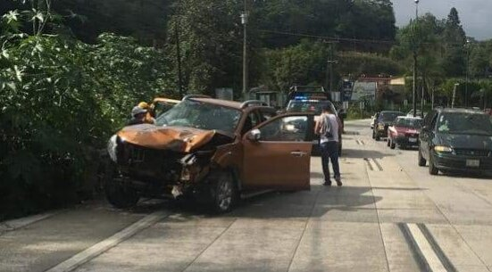 Accidente sobre la carretera Xalapa- Coatepec