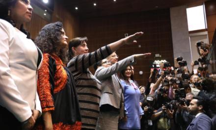 Titular de SAT y Oficial Mayor de SHCP rinden protesta ante el Congreso