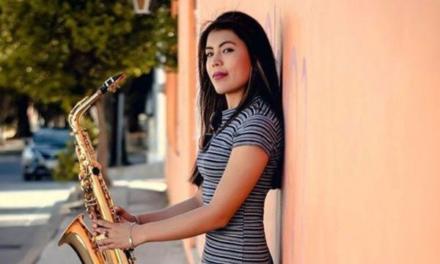 Dan de alta a saxofonista atacada con ácido