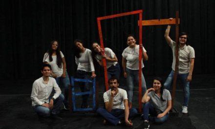 Presenta IVEC la obra Mujer raíz dirigida a alumnos de educación básica