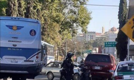 Choque en calle Bolivia, a la altura de la avenida Venustiano Carranza