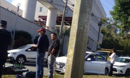 Accidente sobre la avenida Arco Sur, a la altura de la Fiscalía General del Estado