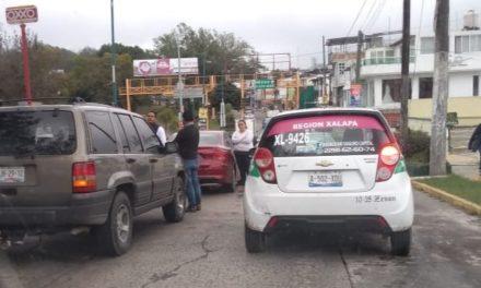 Accidente de tránsito sobre la Avenida Maestros Veracruzanos