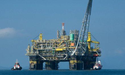 Tramitan permisos para explorar pozo petrolero en costas de Coatzacoalcos