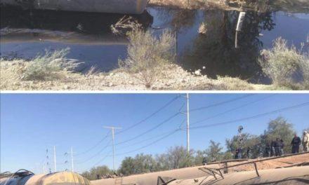 Vuelcan nueve vagones del tren con combustoleo en las vías de Tula-Atitalaquia en Hidalgo, en este momento trabajan en la zona cuerpos de emergencia
