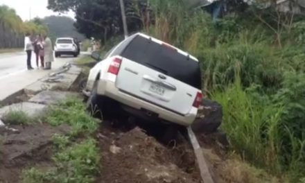 Accidente en la carretera Xalapa-Coatepec, a la altura de Los Arenales