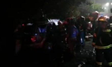 Fuerte accidente en la carretera Xalapa-Coatepec, a la altura de Río Sordo